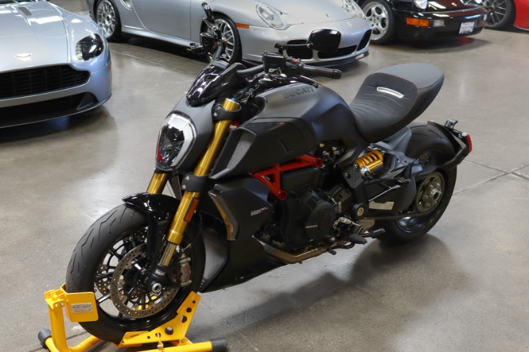 Used 2020 Ducati Diavel 1260S for sale Sold at San Francisco Sports Cars in San Carlos CA 94070 3