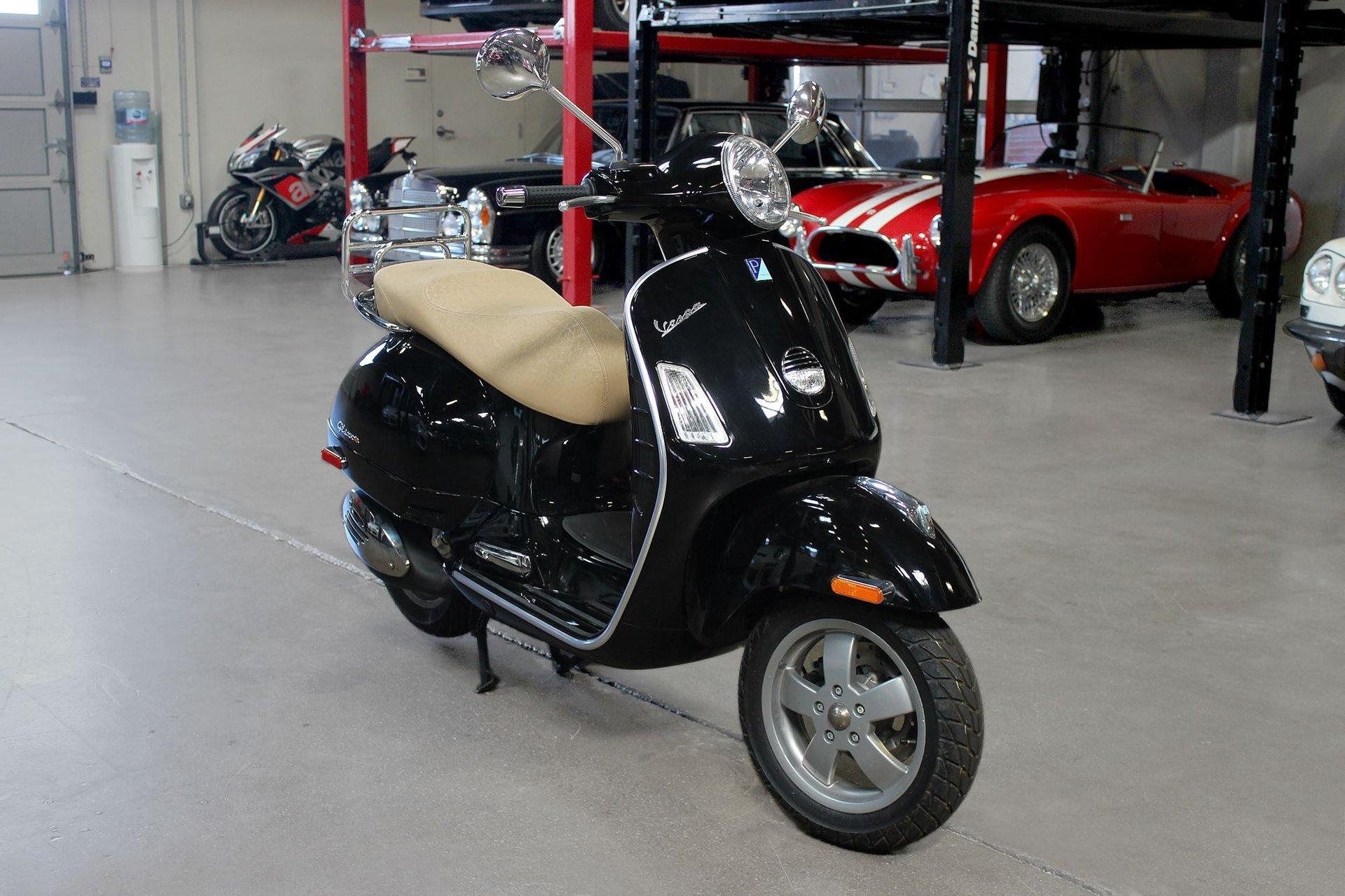 Used 2007 VESPA 250 GTS for sale Sold at San Francisco Sports Cars in San Carlos CA 94070 1