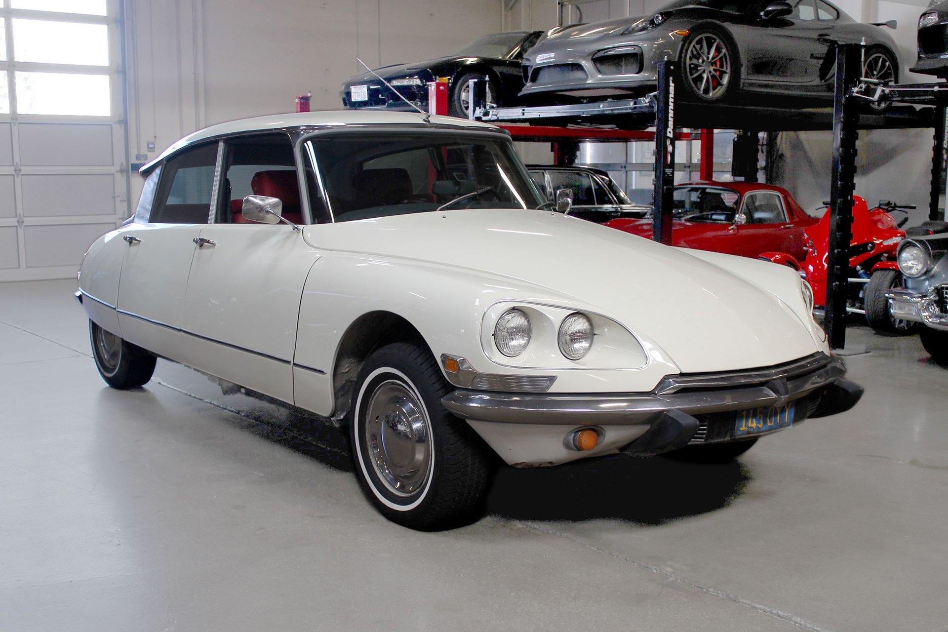 Used 1971 Citroen DS21 for sale Sold at San Francisco Sports Cars in San Carlos CA 94070 1