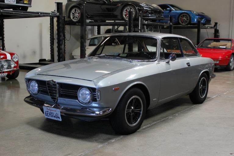Used 1967 Alfa Romeo Giulia Sprint GT for sale $59,995 at San Francisco Sports Cars in San Carlos CA 94070 3