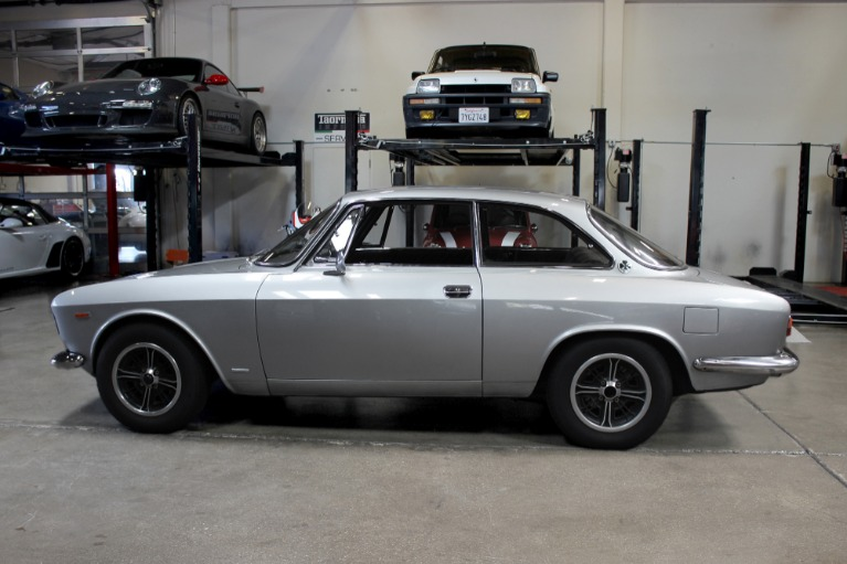 Used 1967 Alfa Romeo Giulia Sprint GT for sale $59,995 at San Francisco Sports Cars in San Carlos CA 94070 4