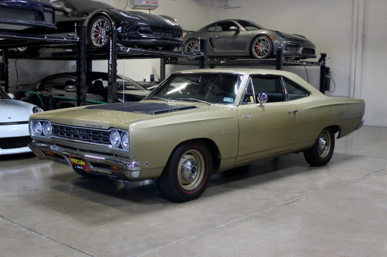 Used 1968 Plymouth Roadrunner 426 Hemi for sale $79,995 at San Francisco Sports Cars in San Carlos CA 94070 3