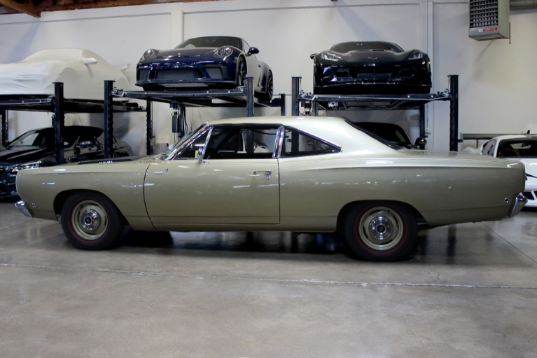 Used 1968 Plymouth Roadrunner 426 Hemi for sale $79,995 at San Francisco Sports Cars in San Carlos CA 94070 4