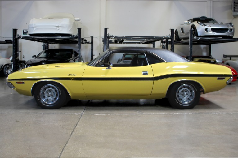 Used 1970 Dodge Challenger R/T 426 HEMI for sale $149,995 at San Francisco Sports Cars in San Carlos CA 94070 4