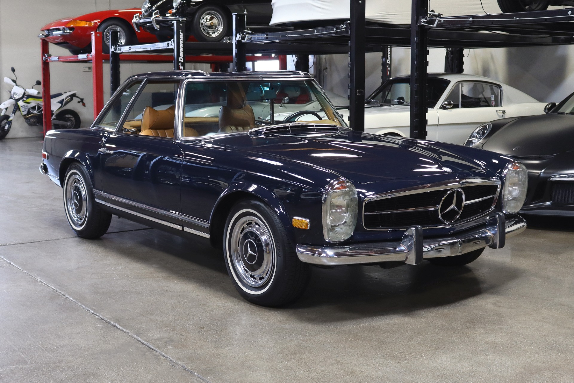 Used 1971 MERCEDES BENZ 280SL for sale Sold at San Francisco Sports Cars in San Carlos CA 94070 1