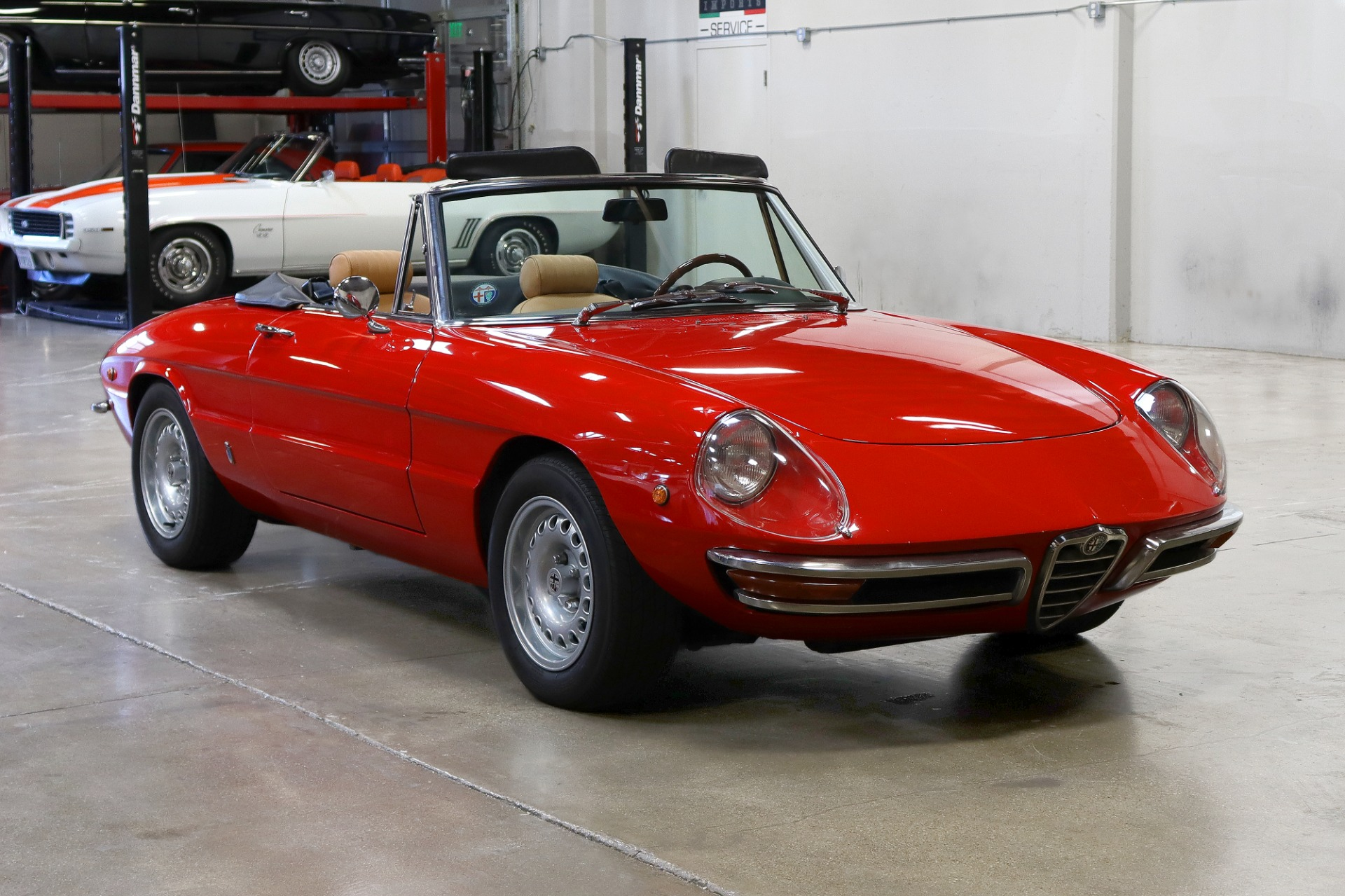 Used 1969 Alfa Romeo 1750 Duetto Spider for sale $51,995 at San Francisco Sports Cars in San Carlos CA 94070 1