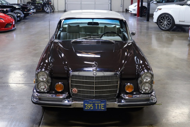 Used 1971 Mercedes-Benz 280SE 3.5 for sale $69,995 at San Francisco Sports Cars in San Carlos CA 94070 2
