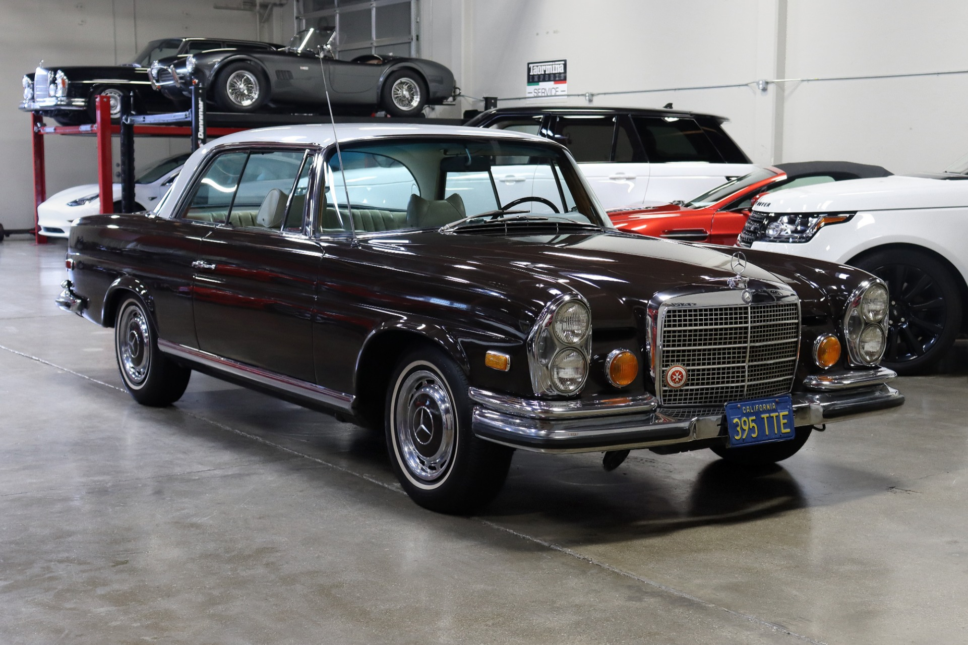 Used 1971 Mercedes-Benz 280SE 3.5 for sale $69,995 at San Francisco Sports Cars in San Carlos CA 94070 1